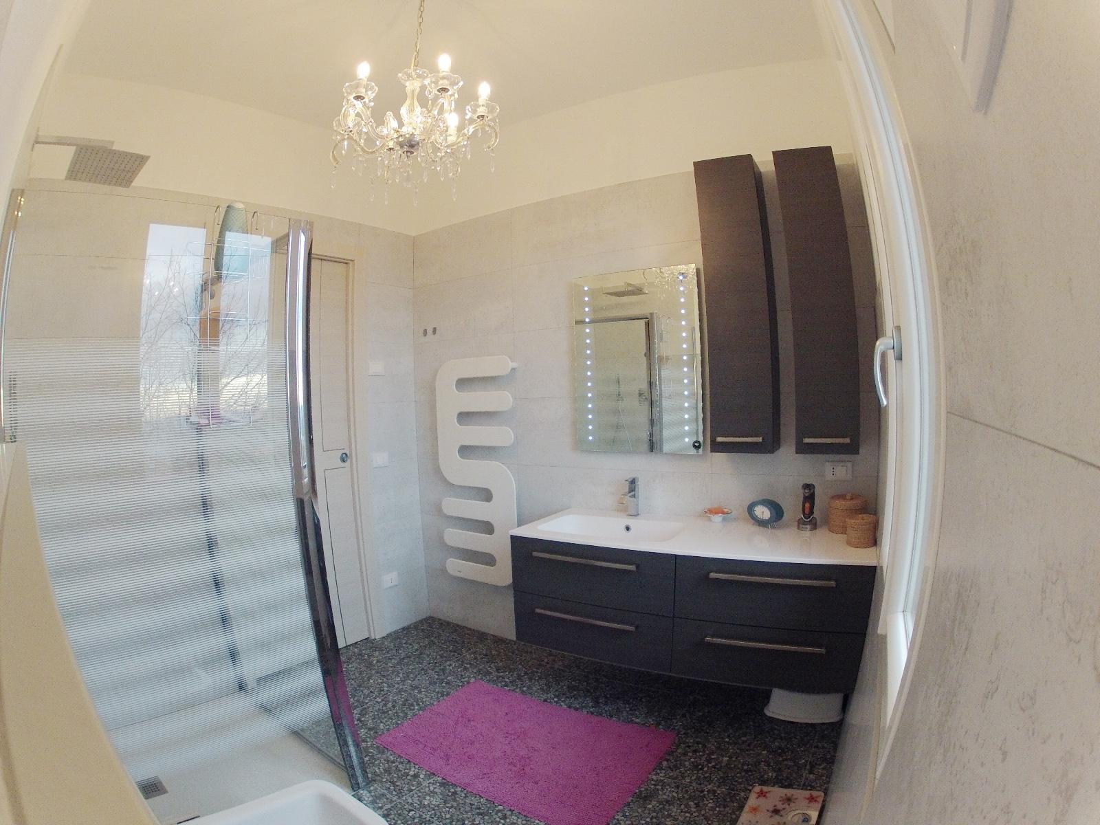 Works sintesibagno progetto e realizzazione arredobagno bagno beautiful small - Arredo bagno verbania ...